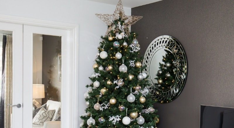 Making the most of Christmas with our festive decorating tips