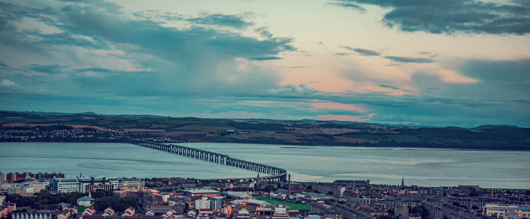 Picture of Dundee skyline